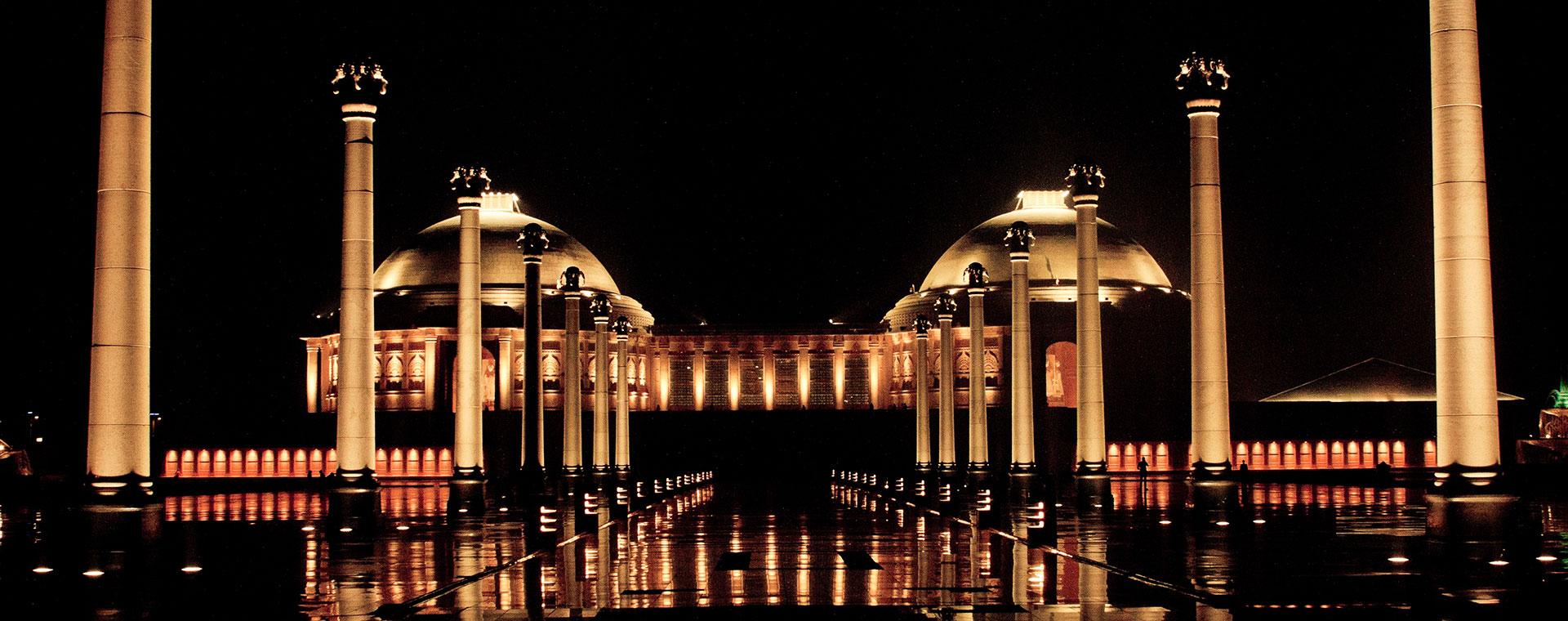 Madani ~ Palais royaux & train de luxe